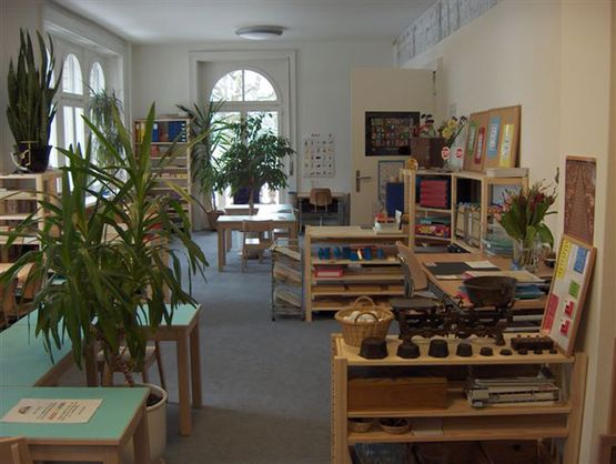 Primary School - d'Insle Montessori School - Zurich
